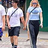 Sophie Turner and Joe Jonas Kiss in New York | August 2018