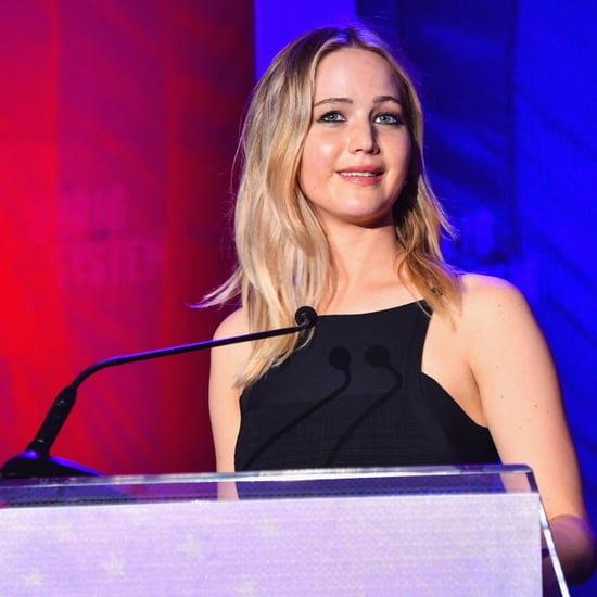 Jennifer Lawrence's Eagles Chant During Flight Feb. 2018