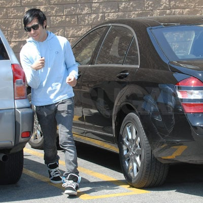 Pete Wentz Outside Rite-Aid