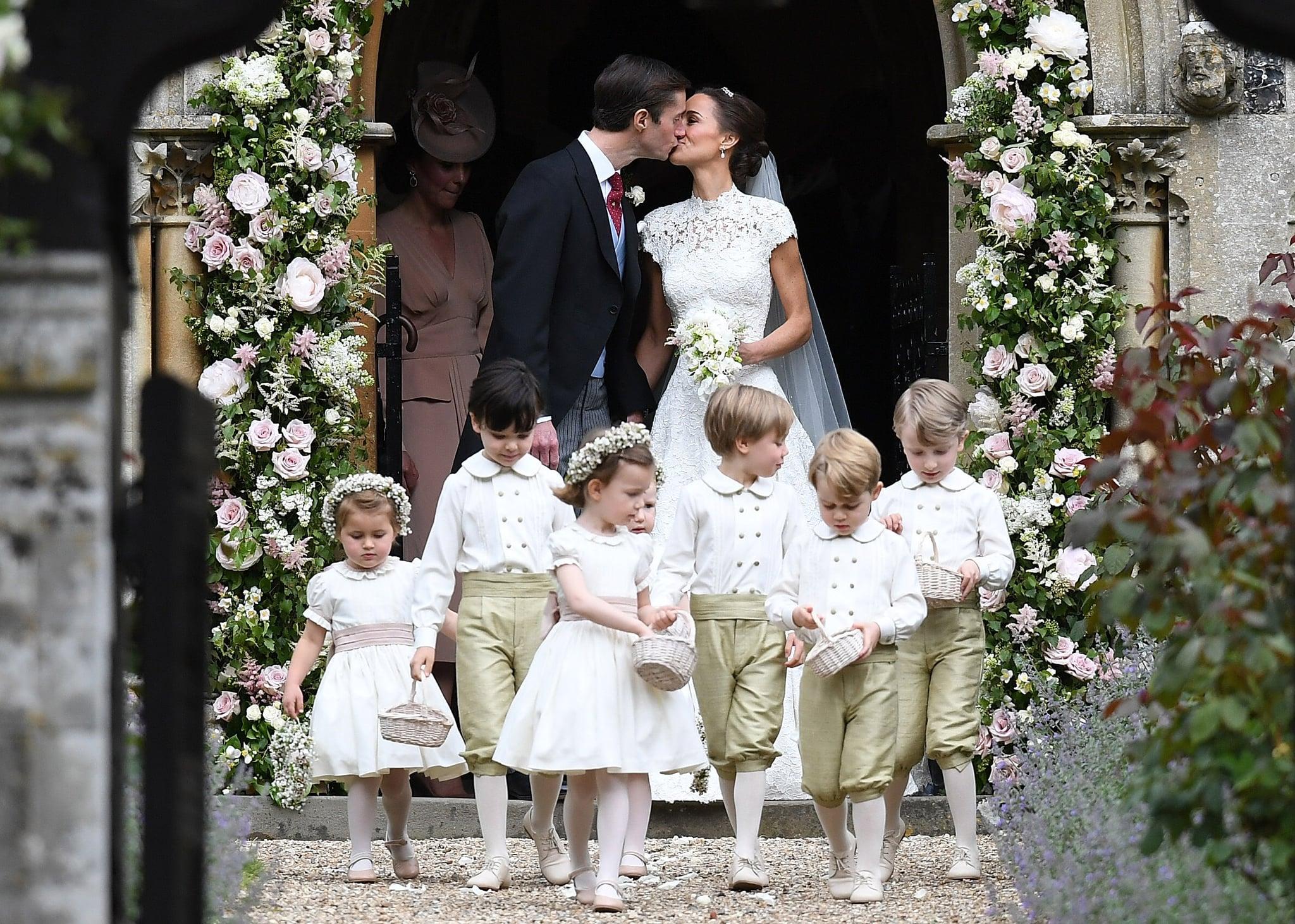 Pippa S Wedding.Who Was In Pippa Middleton S Wedding Party Popsugar Celebrity