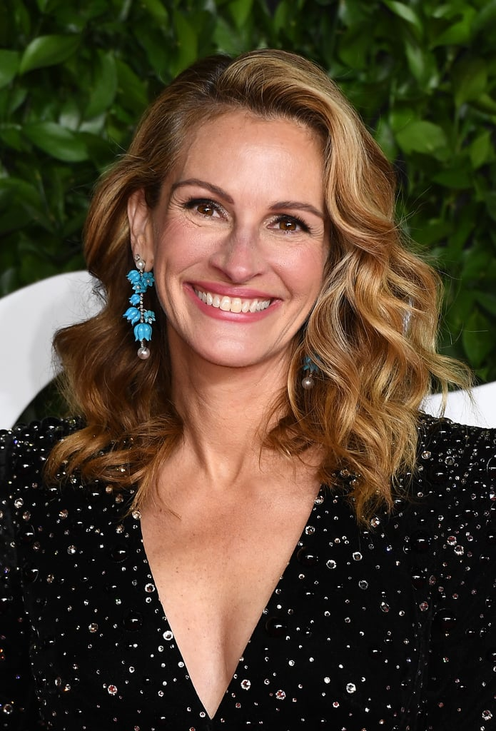 Julia Roberts' Bouncy Beachy Waves