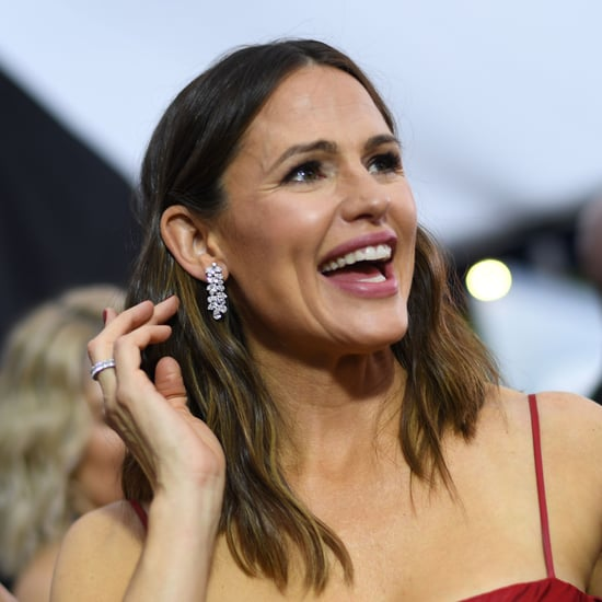 Jennifer Garner Is Giving Away Extra Girl Scout Cookies