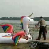 """5 Women Got Stuck in Weeds on a Unicorn Pool Float, and This Is Peak """"Instagram Vs. Reality"""""""