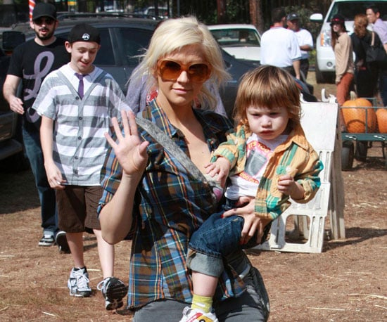 Slide Photo of Christina Aguilera, Jordan and Max Bratman at the Pumpkin Patch