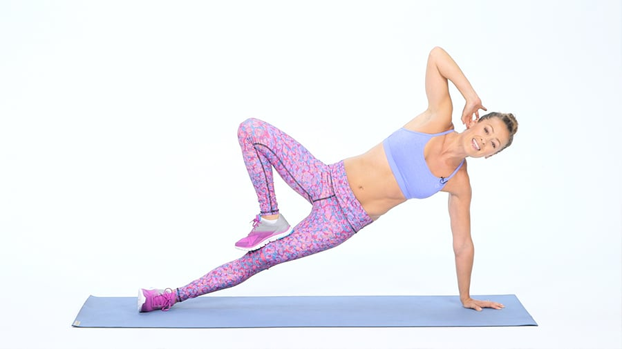 From Beginner to Advanced: 15 Side-Plank Variations For a Flat Belly