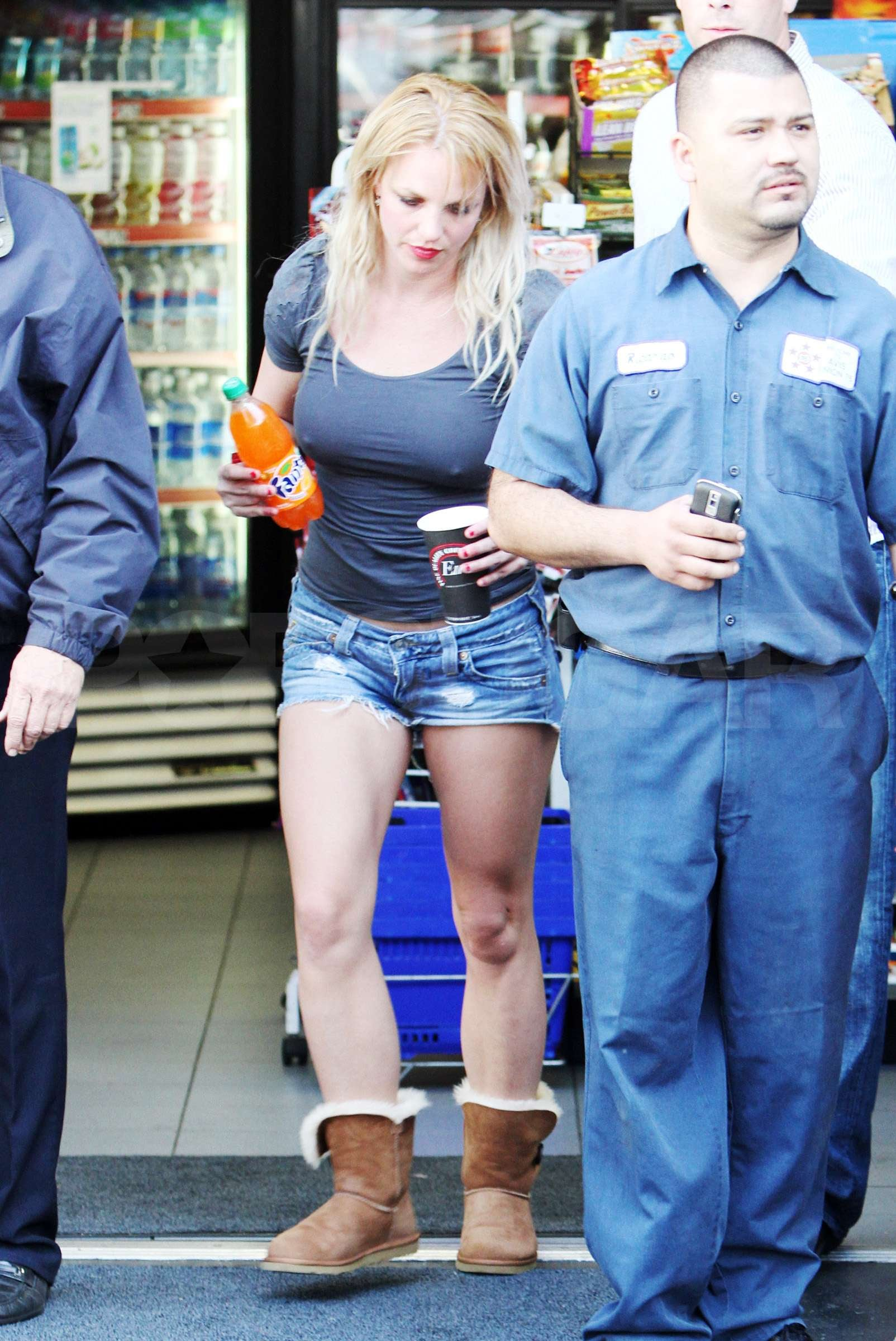 Photos Of Britney Spears In Shorts And Uggs Walking Into A Gas Station Popsugar Celebrity