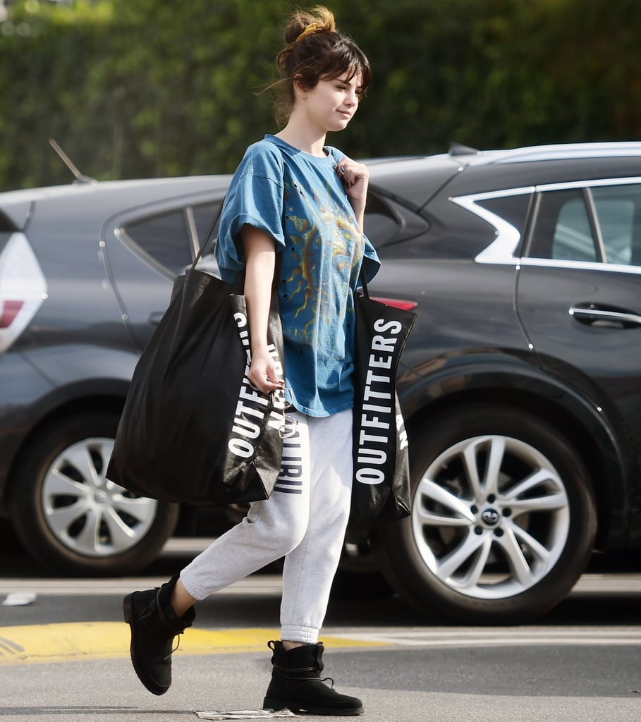 Selena Gomez's Urban Outfitters Shopping Outfit Is So '90s