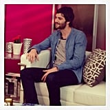 Look who popped in to chat at the San Francisco studio? Jim Sturgess! That accent kills us.