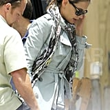 Katie Holmes gets ready to leave Florida.