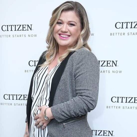 Pregnant Kelly Clarkson at NYC Event November 2015 Pictures