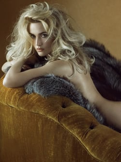 Fab Flash: Kate Winslet Fur Trick