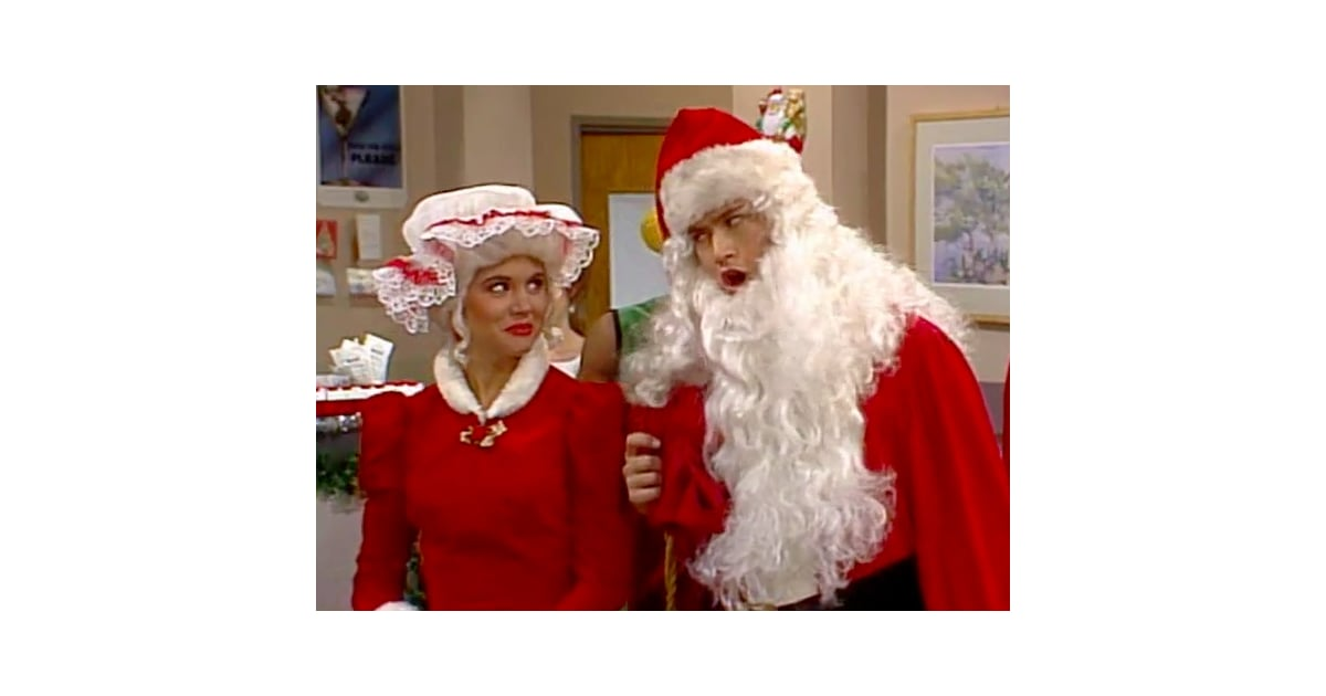 Zack Morris and Kelly Kapowski as Mr. and Mrs. Claus | \'90s ...