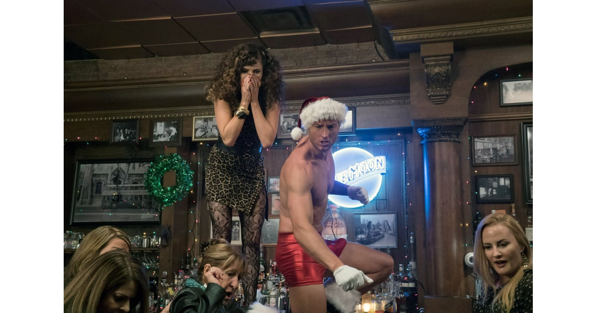 Watch Bad Moms Christmas.A Bad Moms Christmas Watch 14 Of The Sexiest Christmas