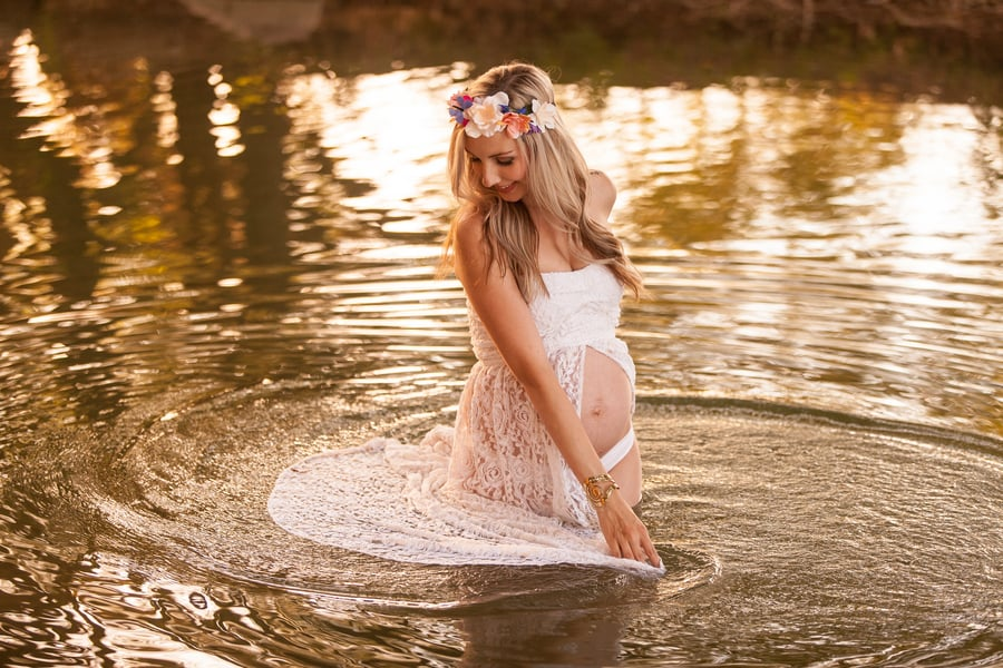 These 27 Modern Maternity Photo Ideas Will Make You Want to Get Pregnant in 2017