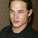 Back in his modeling days, Fimmel kept his face clean-shaven.