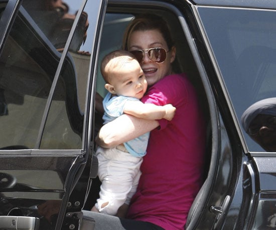 Slide Picture of Ellen Pompeo and Baby Stella