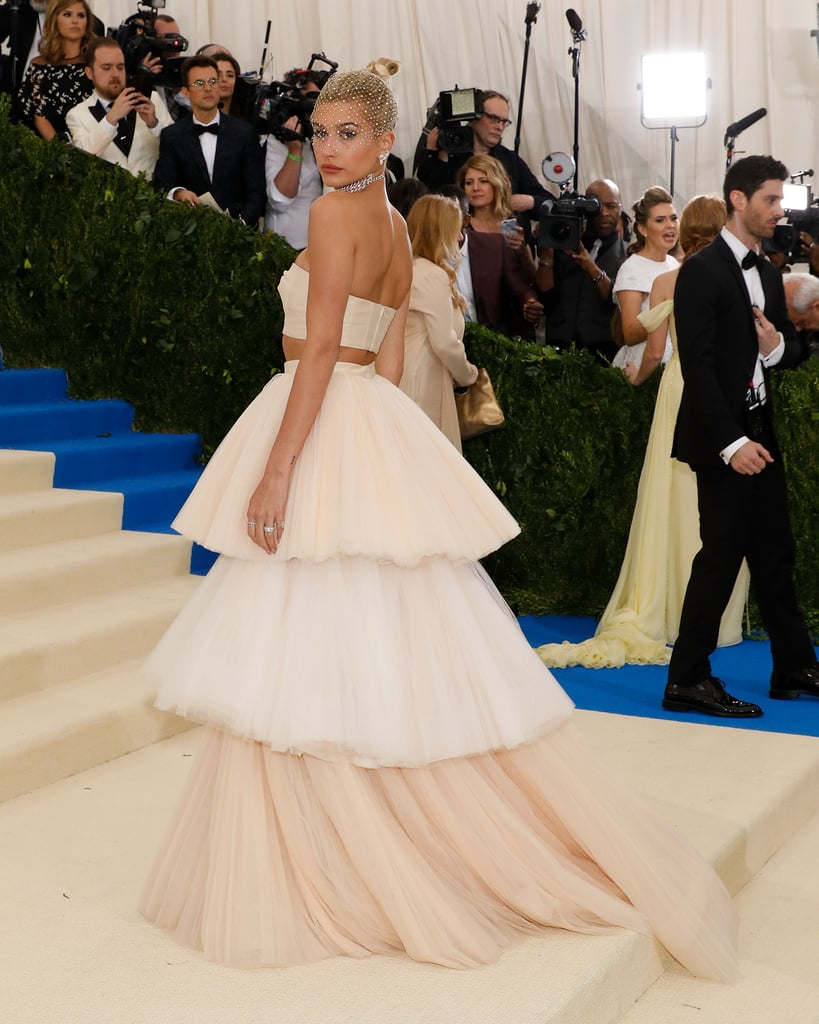 Hailey Baldwin Met Gala Dress 2017 Popsugar Fashion