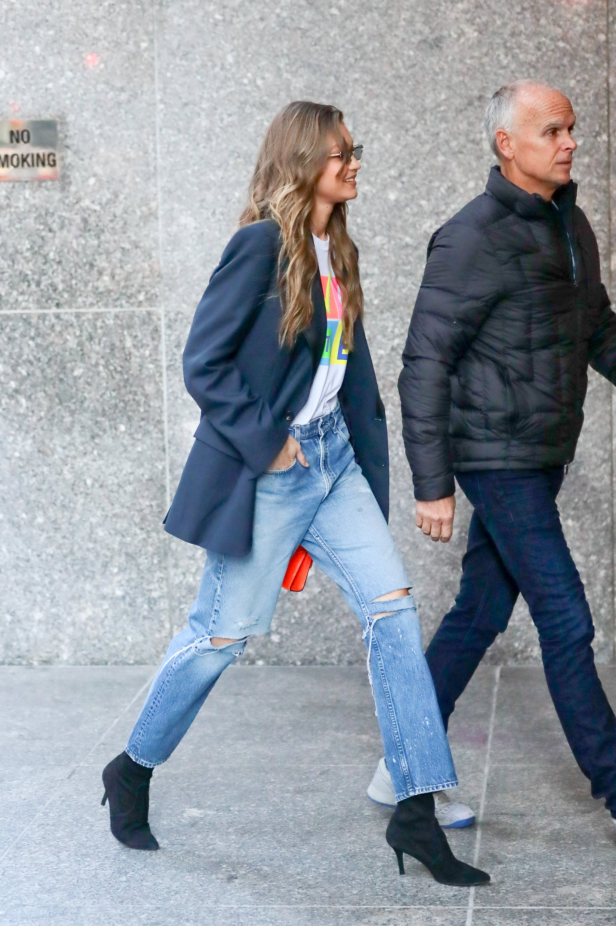 Style Your T,Shirt With Jeans, A Blazer, and Boots