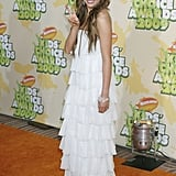 Miley Cyrus was a vision in white Sheri Bodell ruffles at the 2009 Kids' Choice Awards.