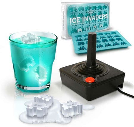 4 Geeky Ice Cube Trays