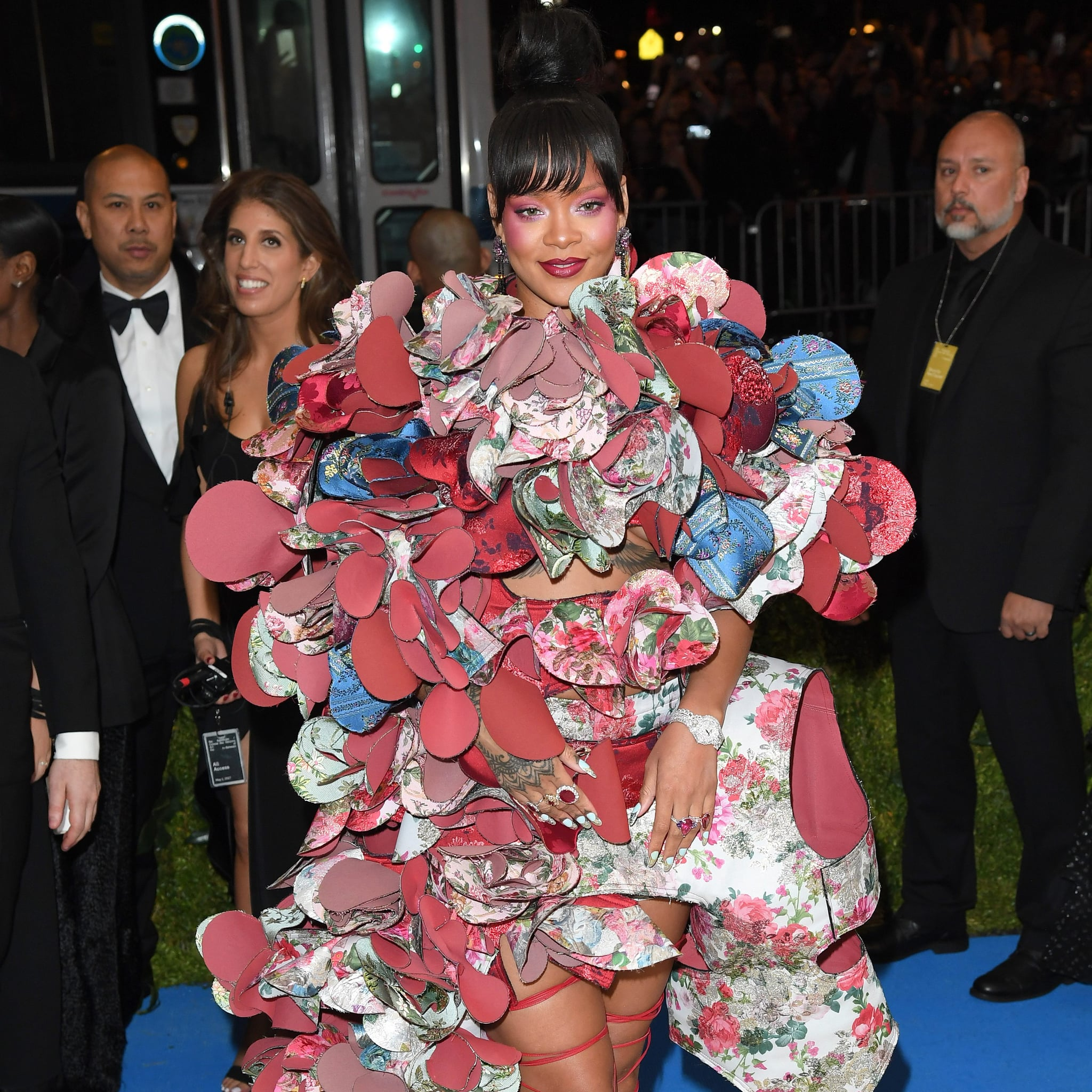 sc 1 st  Popsugar & Rihanna Halloween Costume Ideas | POPSUGAR Celebrity