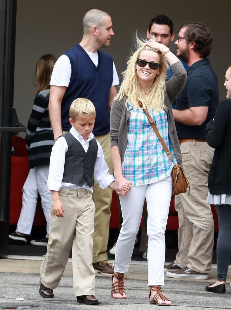 Reese Witherspoon Returns to LA to Spend Sunday With Jim and Deacon