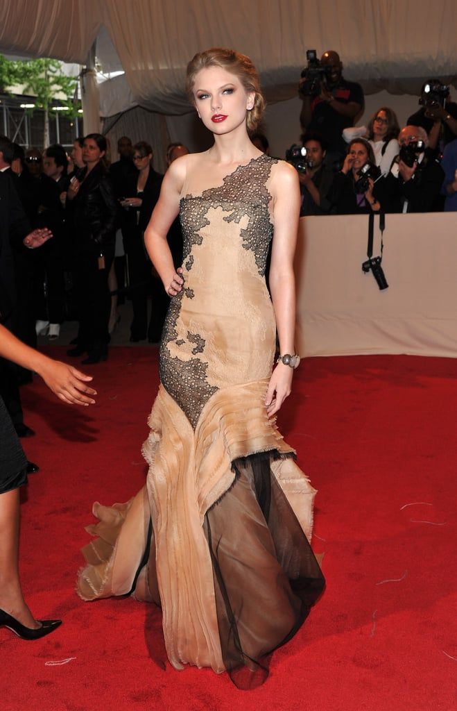Pictures of Taylor Swift and Met Gala 2011-05-02 16:27:40 | POPSUGAR ...