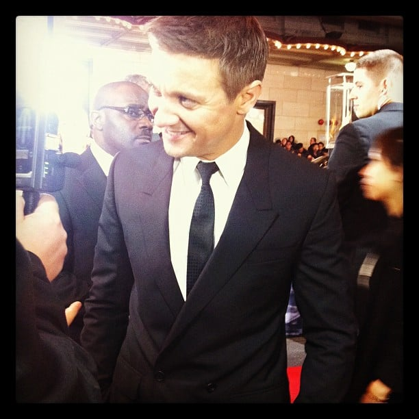 Jess got up close and personal with cute The Bourne Legacy star Jeremy Renner.