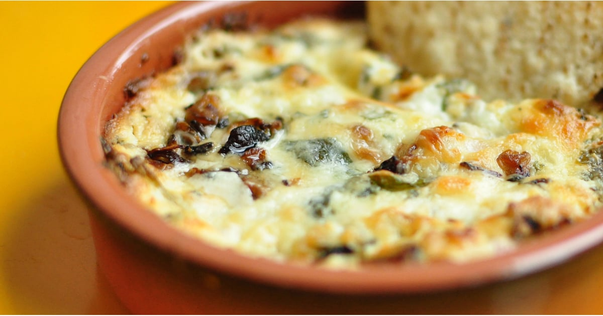 PopsugarFoodHoliday FoodMushroom and Goat Cheese Queso RecipeTry This Killer Mushroom and Goat Cheese QuesoNovember 24, 2015 by Lauren Hendrickson6.3K SharesChat with us on Facebook Messenger. Learn what's trending across POPSUGAR.If you want to bring something to Thanksgiving that everyone is bound to love, then get cooking with this supersimple mushroom, spinach, and goat cheese queso! This melted and creamy dip can be served with crostini, crudités, or even crackers and chips for a little extra crunch. The sautéed mushrooms add an earthy flavor that is complemented by the tangy goat-cheese base, and the chipotle pepper adds just a touch of spiciness to the dish. This dip could easily be prepared today, then baked just before serving tomorrow to ensure that it's nice and gooey. Surprise your Thanksgiving feasters with a new take on an old classic dinner-party favorite.Mushroom and Goat Cheese QuesoAdapted from Whole Food MarketIngredients2 teaspoons expeller-pressed canola oil1/2 pound mixed mushrooms, fi - 웹