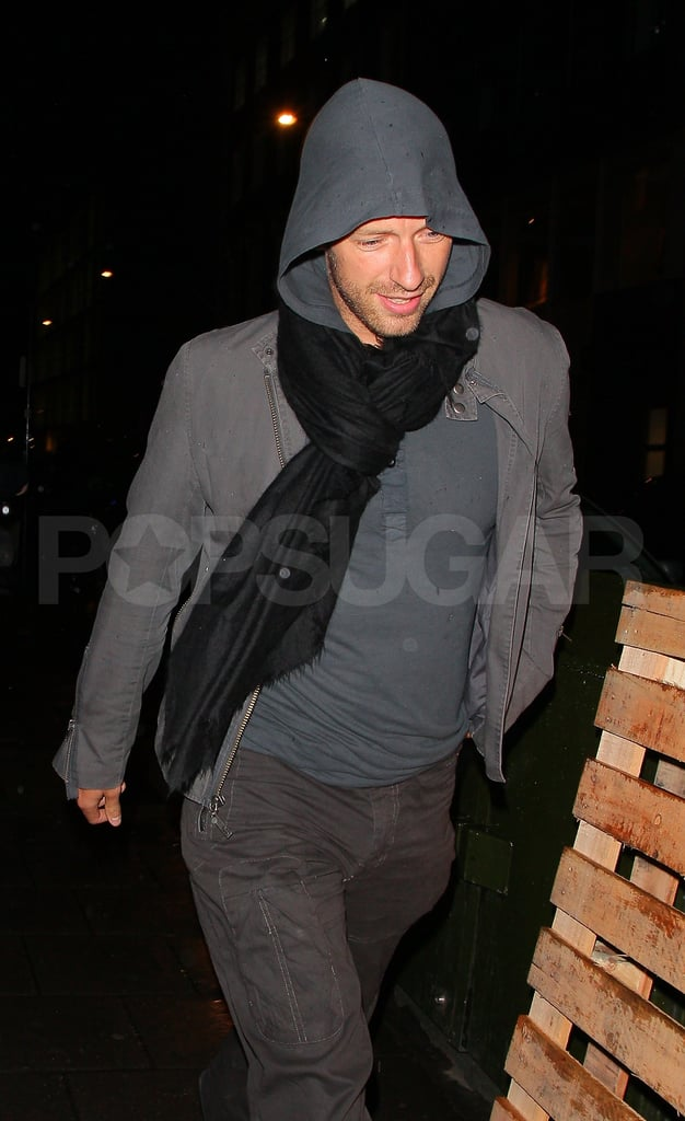 Chris Martin smiles in London!
