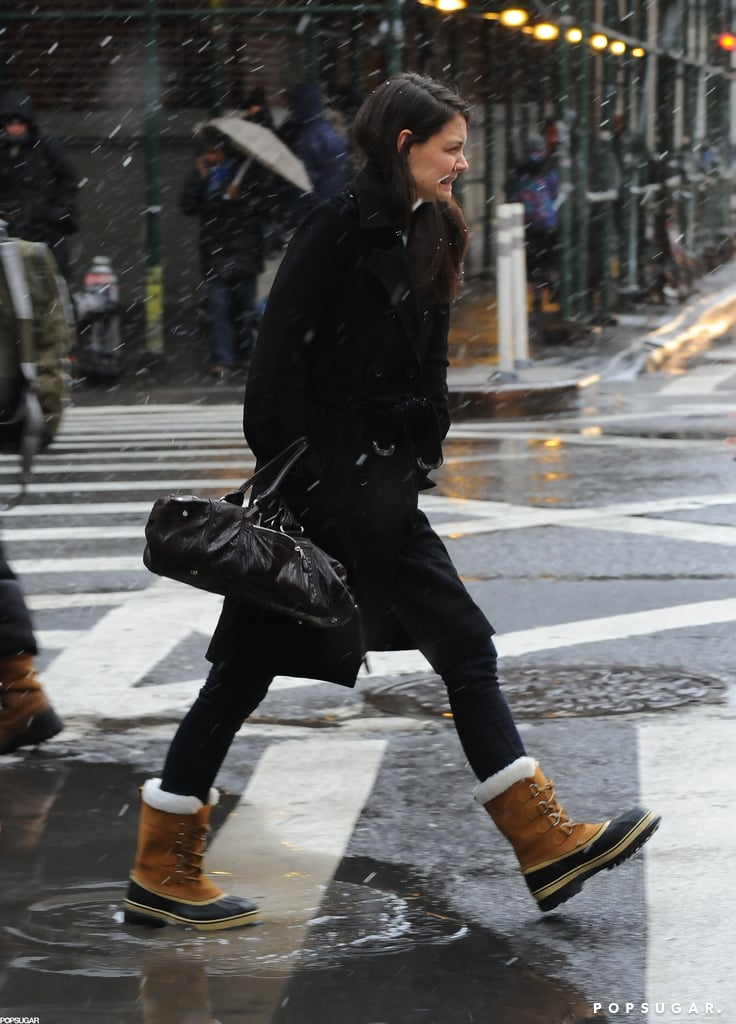 Katie Holmes crossed the street in NYC on Friday in the snow.