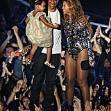 2014: Jay Z and Blue Ivy introduced Beyoncé as the winner of the MTV Video Vanguard Award.