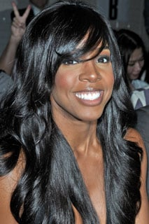 Kelly Rowland Talks About Breast Implants