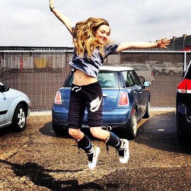 Amanda Seyfried jumped around. Source: Instagram user mingey