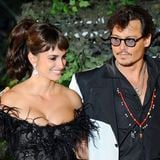 Video: Johnny Depp and Penelope Cruz at Pirates of the Caribbean On Stranger Tides Premiere at Disneyland