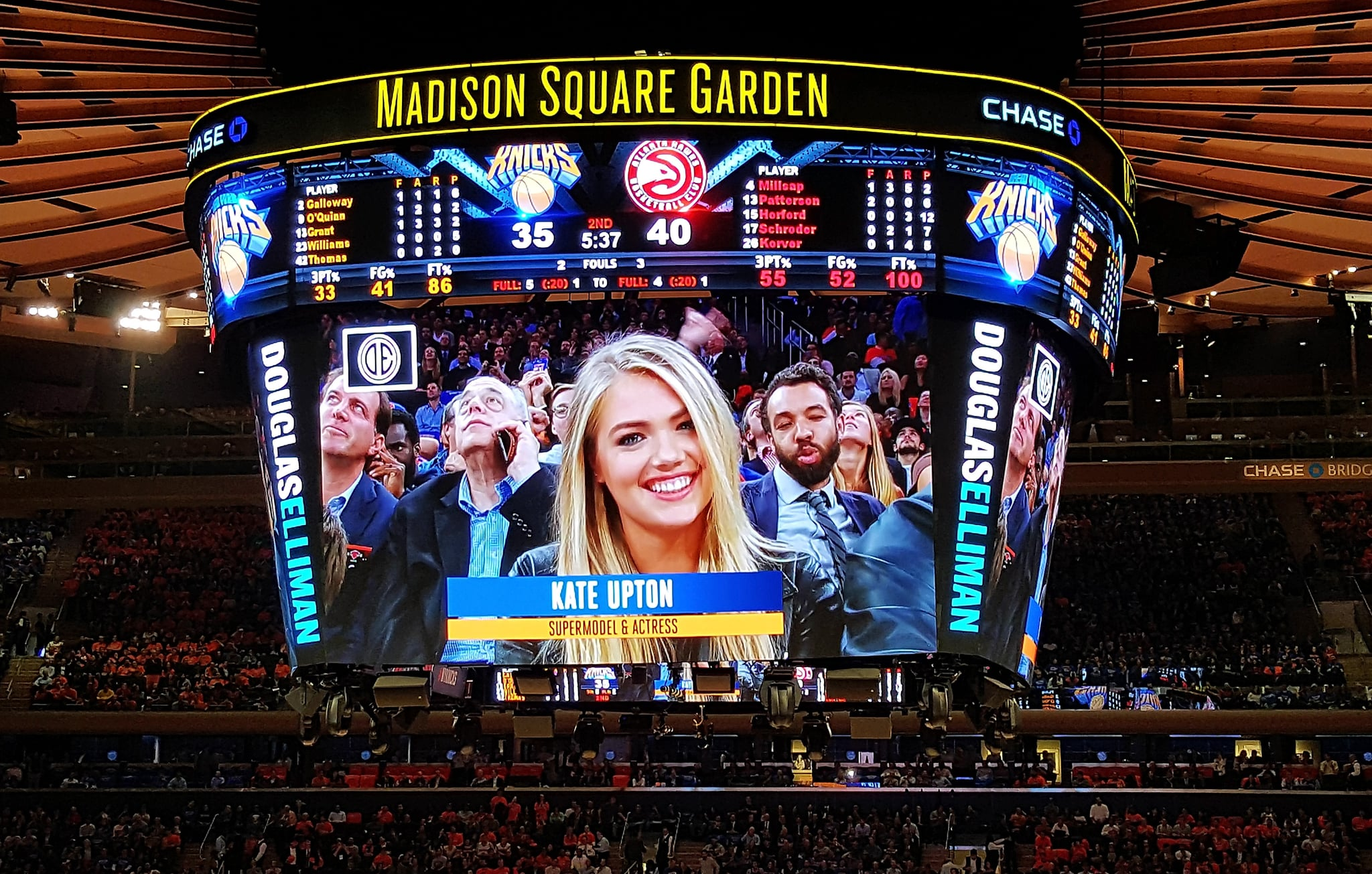 Kate Was Totally Ready For Her Close Up On The Jumbotron If There Was The Perfect Courtside Chic Outfit Kate Upton Just Wore It Popsugar Fashion Photo 4