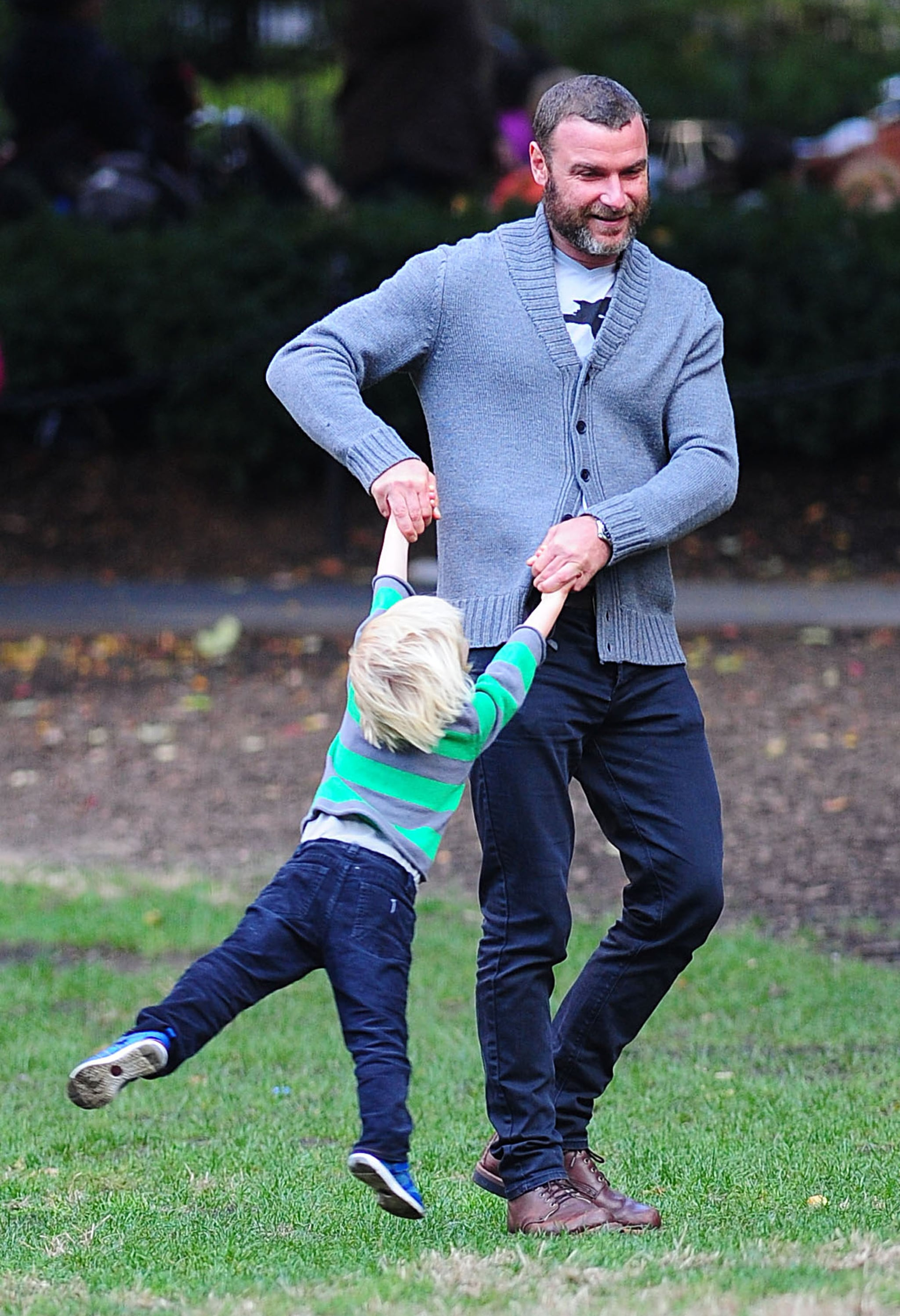 Liev Schreiber played with son Kai at the park in NYC.