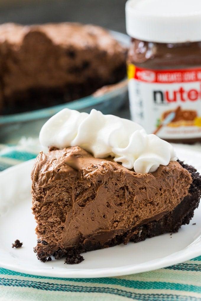 Easiest No-Bake Nutella Pie