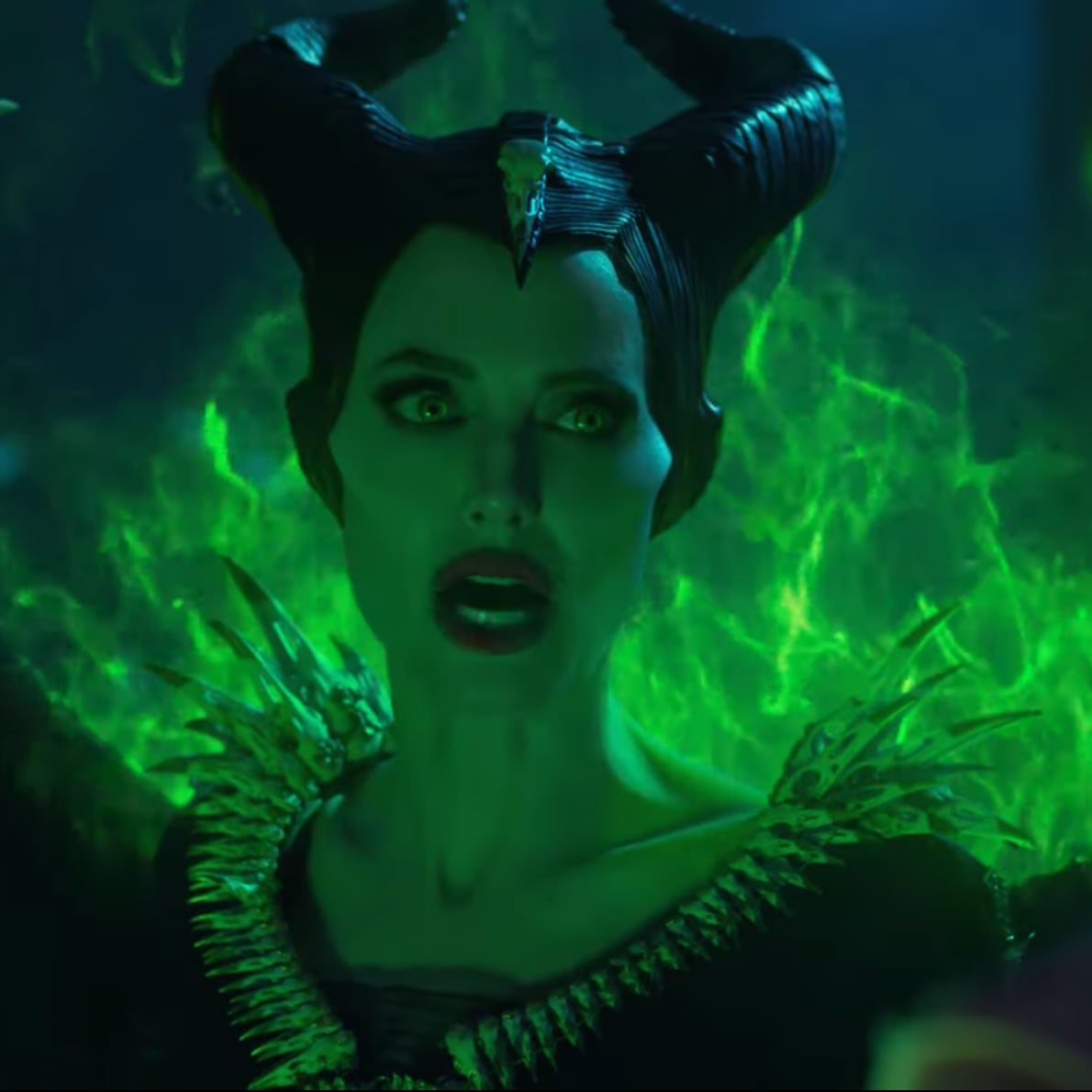 Maleficent Mistress Of Evil Trailer Popsugar Entertainment