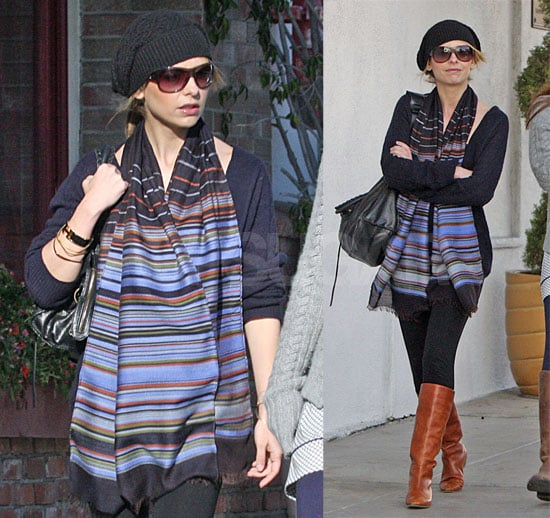 Sarah Michelle Shops in Stripes
