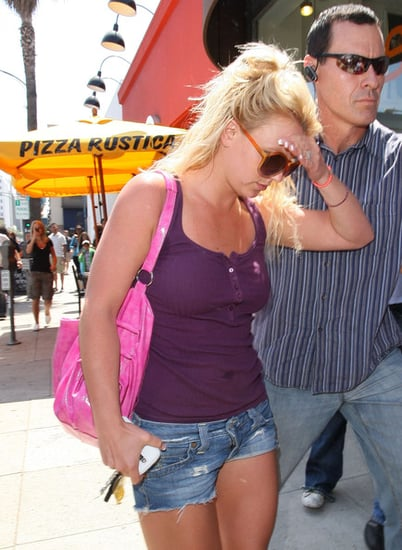 Britney shopping in Beverly hills