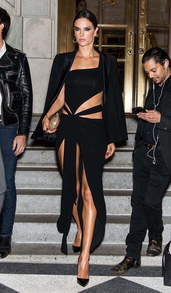 Alessandra Ambrosio Looks Hot at New York Fashion Week ...