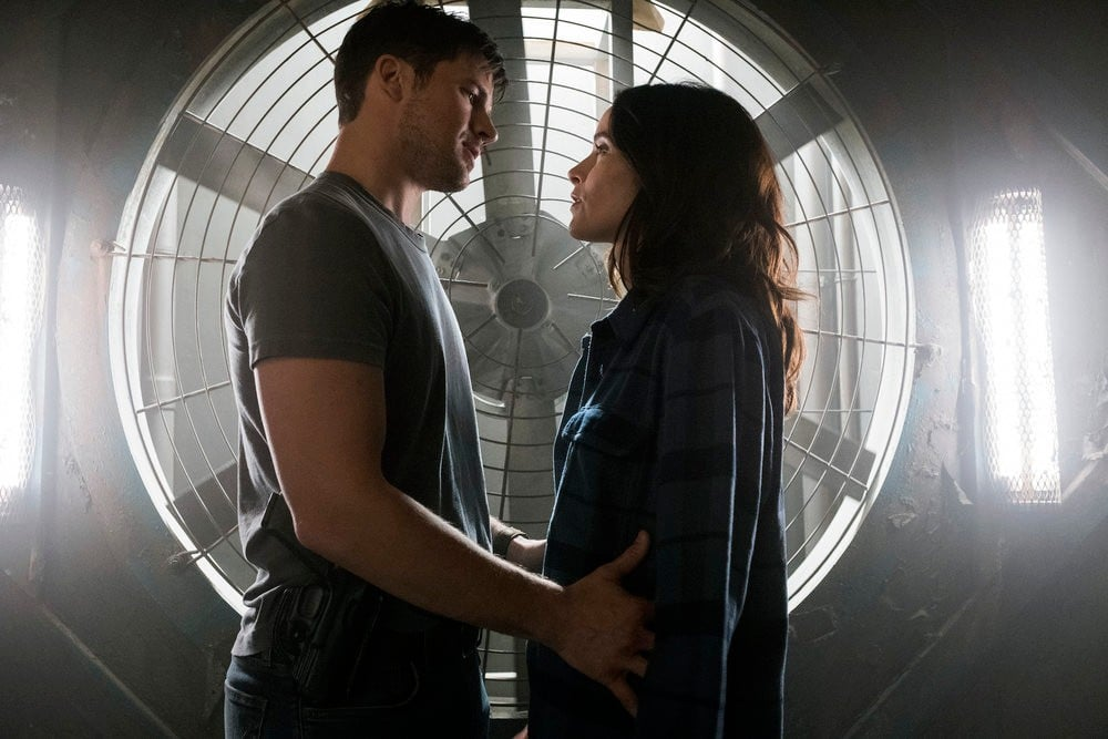 Wyatt and Lucy on Timeless GIFs