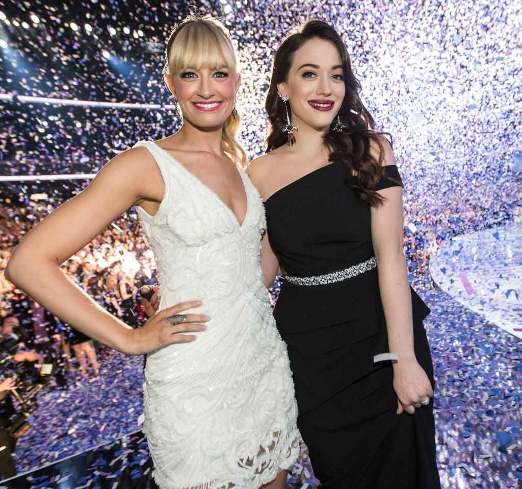 Hosts Beth Behrs and Kat Dennings finished the People's Choice Awards with a bang.