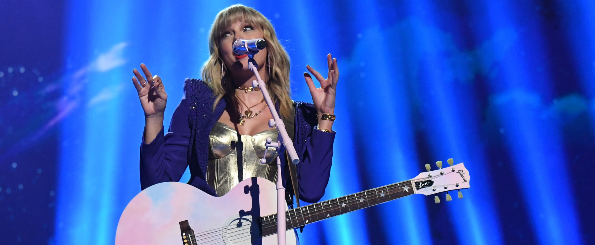 Taylor Swift Tweets About Feud With Scooter Braun Over AMAs