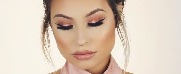 We're Calling It — Peach Makeup Will Be the Dominating Color Trend For Spring 2017