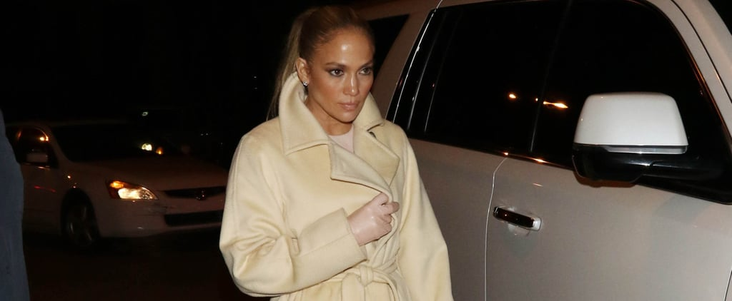 Jennifer Lopez Wearing Leather Gloves