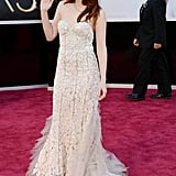 Kristen Stewart Wears Reem Acra —and Crutches —at the Oscars
