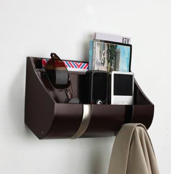 Cubby Organizer Keeps Your Gadgets at Eye Level