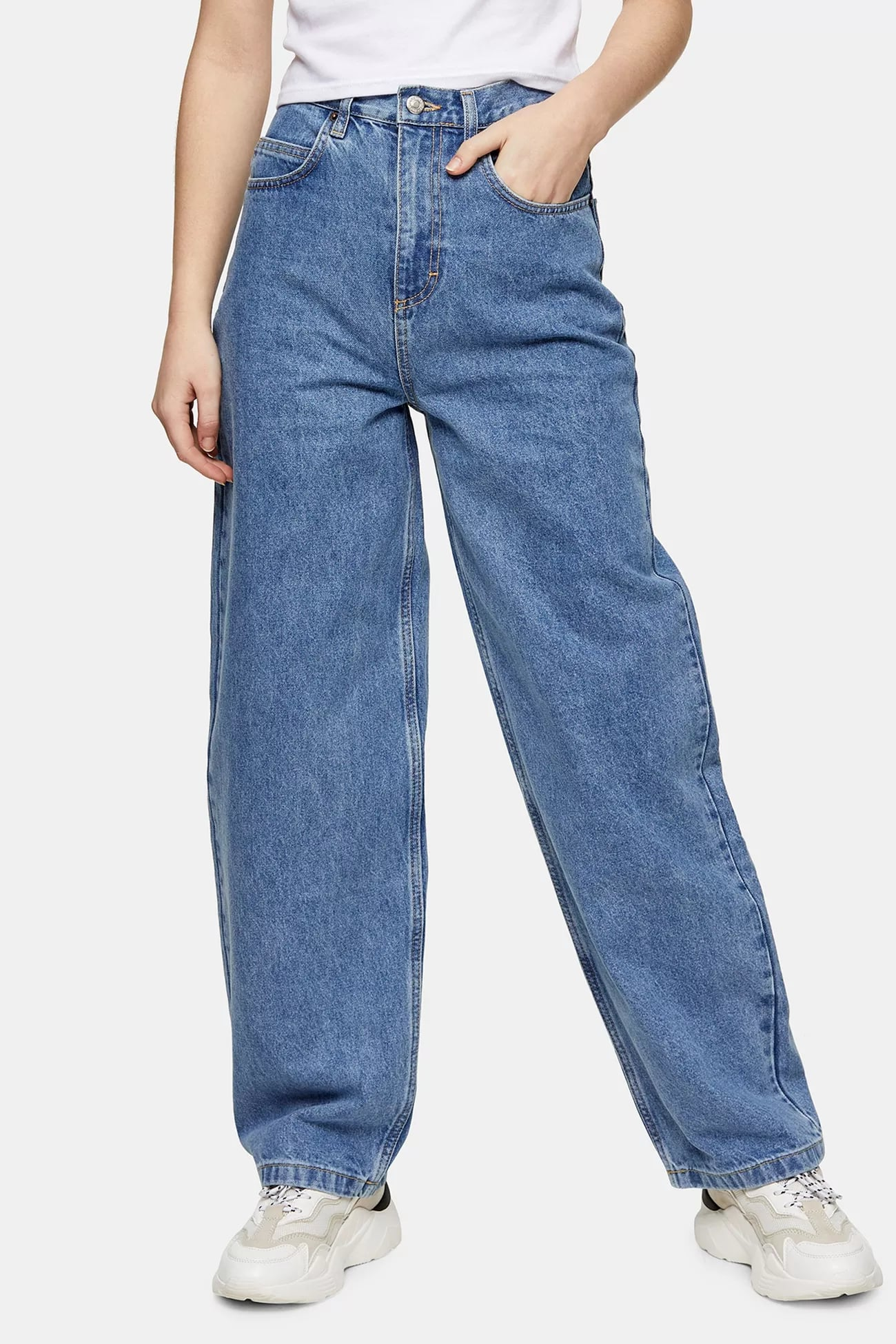 How To Wear Baggy Jeans Popsugar Fashion Cheap trendy tumblr aesthetic clothing, grunge style, cute outfits. how to wear baggy jeans popsugar fashion